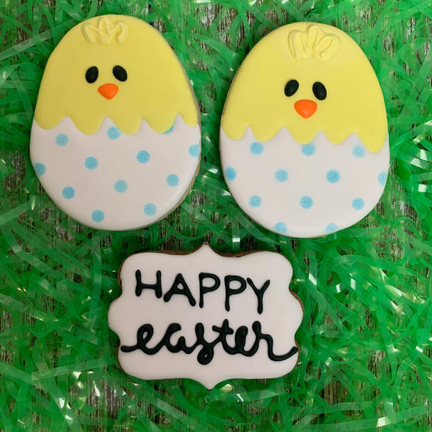 Chicks and Easter Plaque