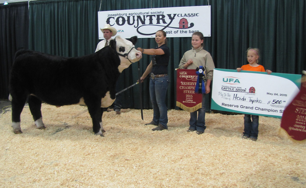 Heidi & Bandit Win Reserve Champion Open Steer at UFA Country Classic Stock Show in Josephburg