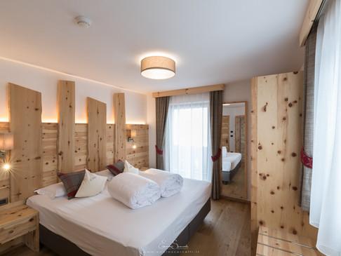 Hotels ***