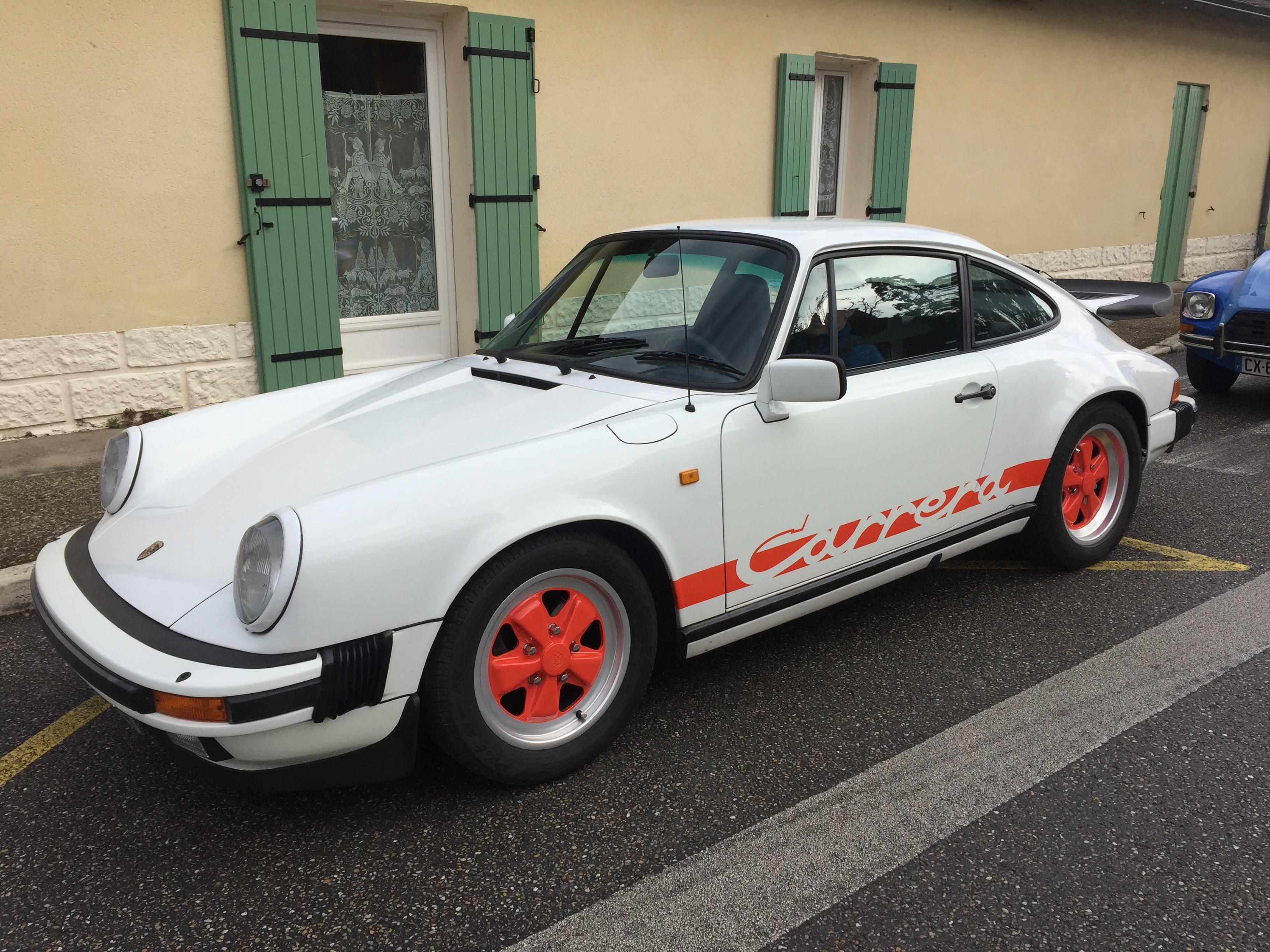 PORSCHE 911 SCALLIET -1982