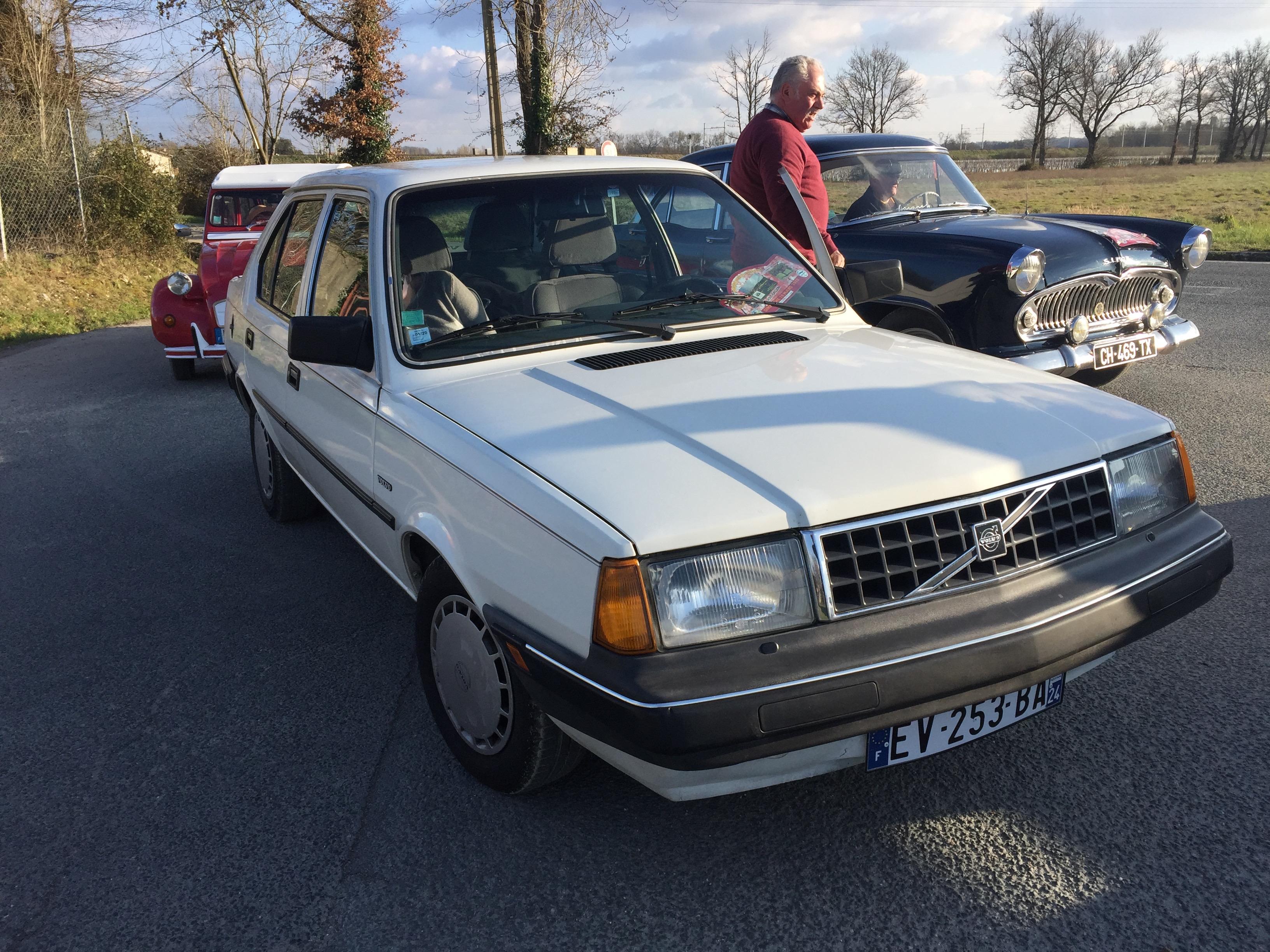 VOLVO 340 - 1989