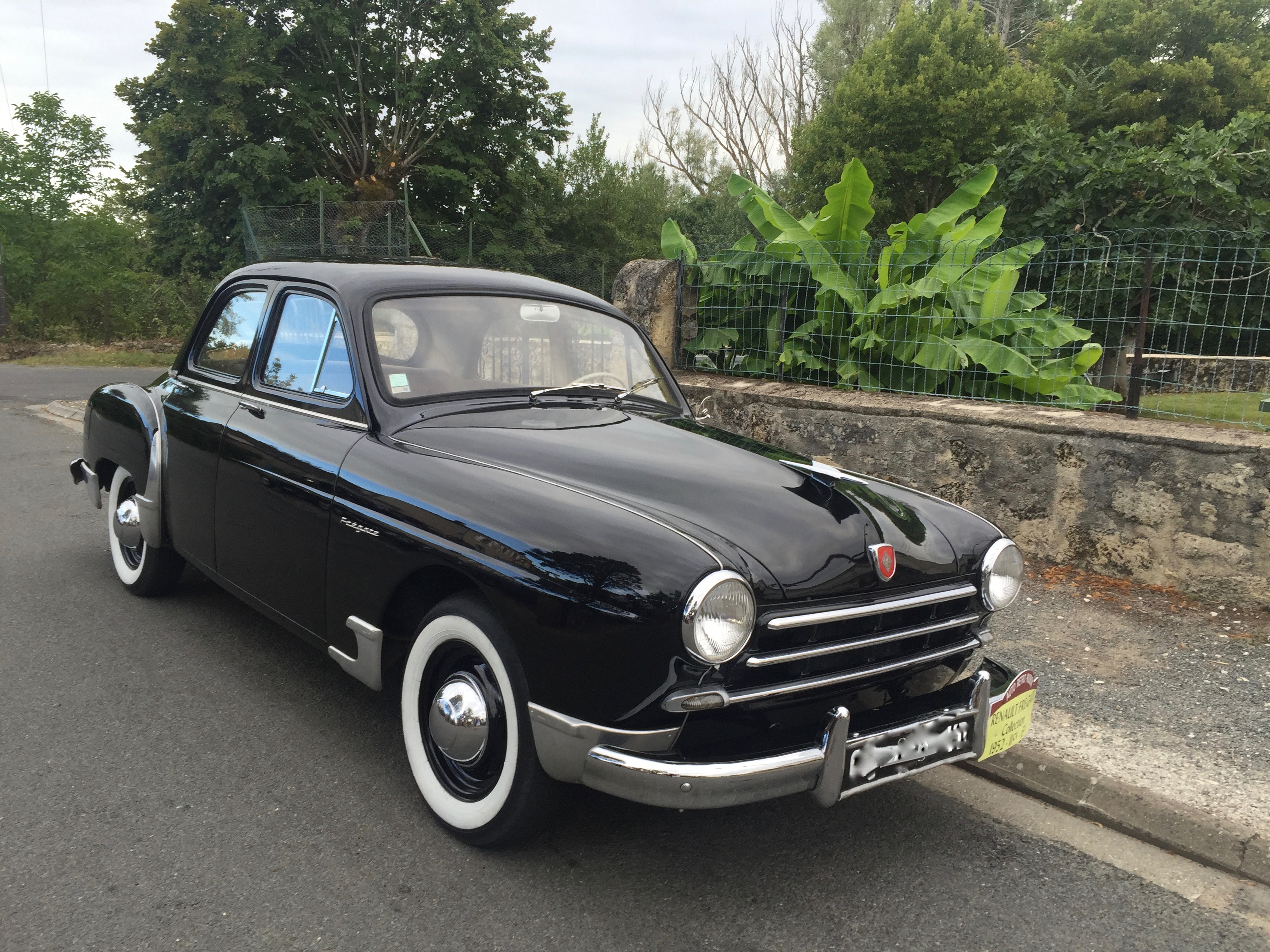 FRÉGATE  -  1952