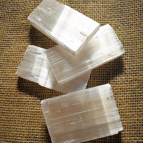 várias placas de selenita