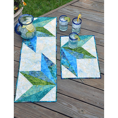Split Diamond Tablerunner and Placemats by Erin Underwood