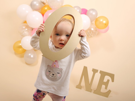 5 Ideas for a 1st Birthday Photoshoot that aren't a cake smash.