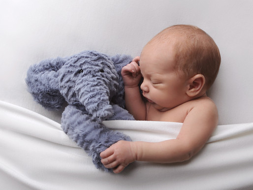 What should you bring to a Newborn Photoshoot?