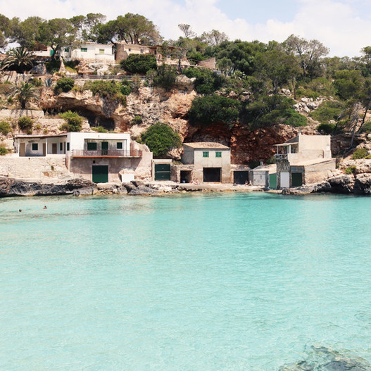 Cala Llombards - Well hidden and surrounded by pine trees