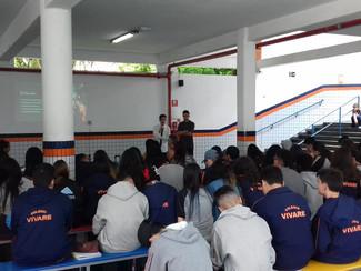 Apresentação do TCC dos alunos Rafael e Leonardo - 3° EM