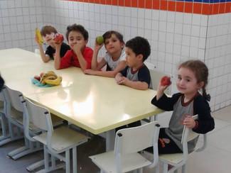 FÉRIAS COM A TURMA DO INTEGRAL - SALADA DE FRUTA