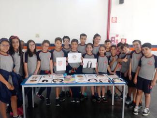 """""""Mi retrato"""" - Aula de espanhol com o 5° ano B"""