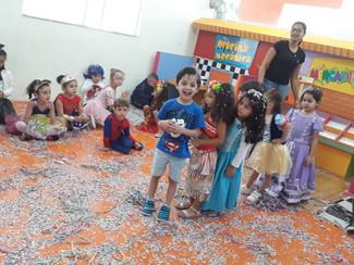 Festinha de Carnaval com o Infantil