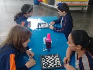 Aula de xadrez com o 5° ano A