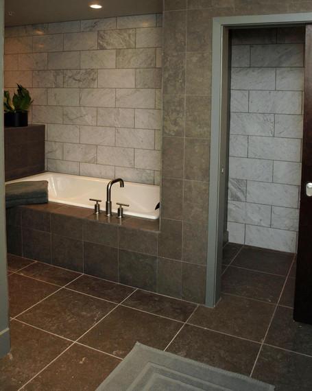 POST - Bath2-Tub.WC - modified.jpg