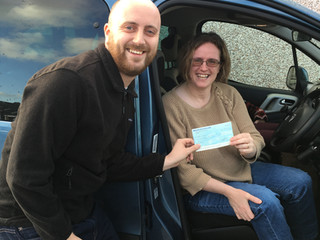Successful raffle fundraiser for Aileen Hunt
