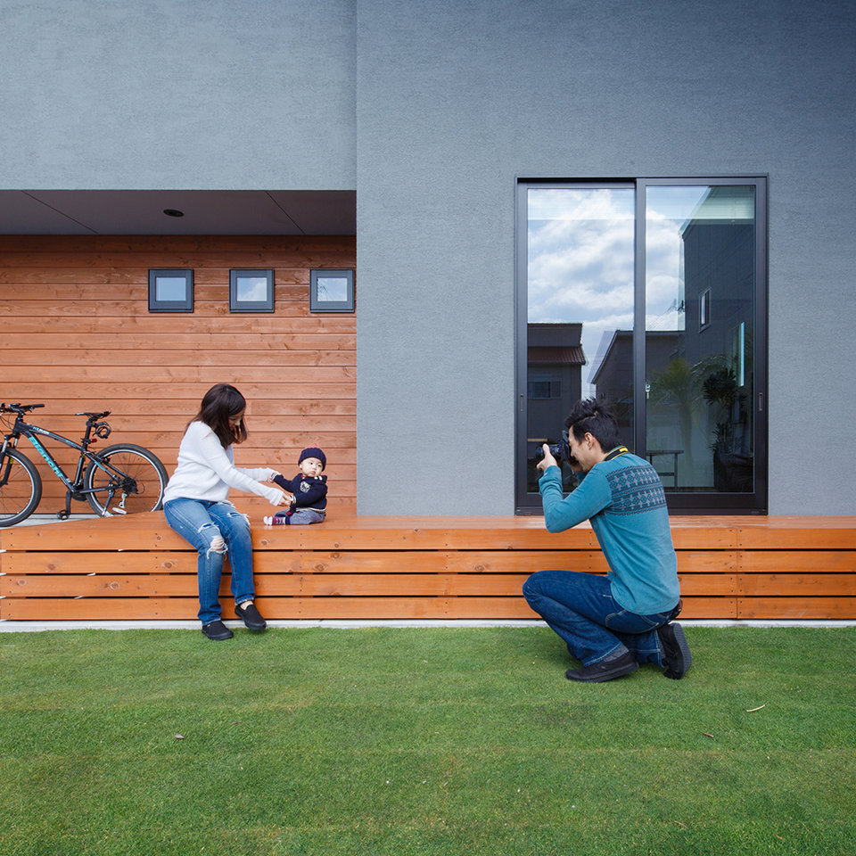 休日のお庭は、お子さんの撮影スポットに。