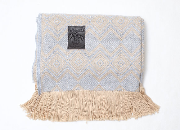 Peruvian Blanket - Grey Tan Double Diamond