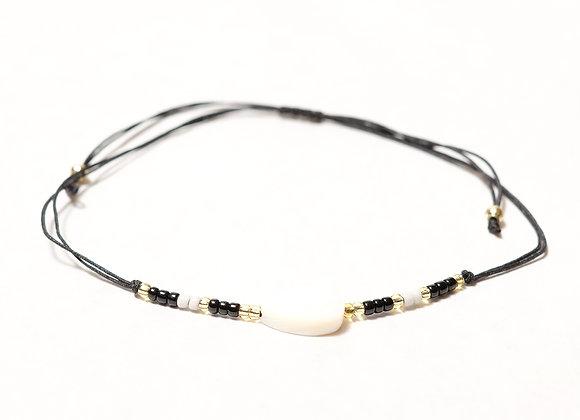 Black String Leaf Bracelet