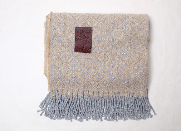 Peruvian Blanket - Grey Tan Large Diamond