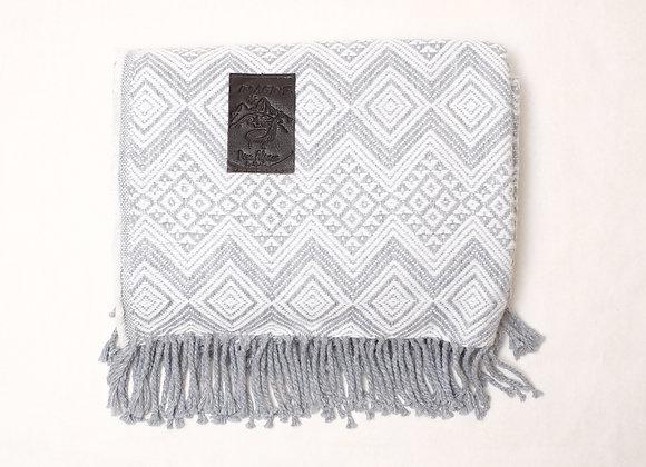 Peruvian Blanket - Grey White Zig Zag