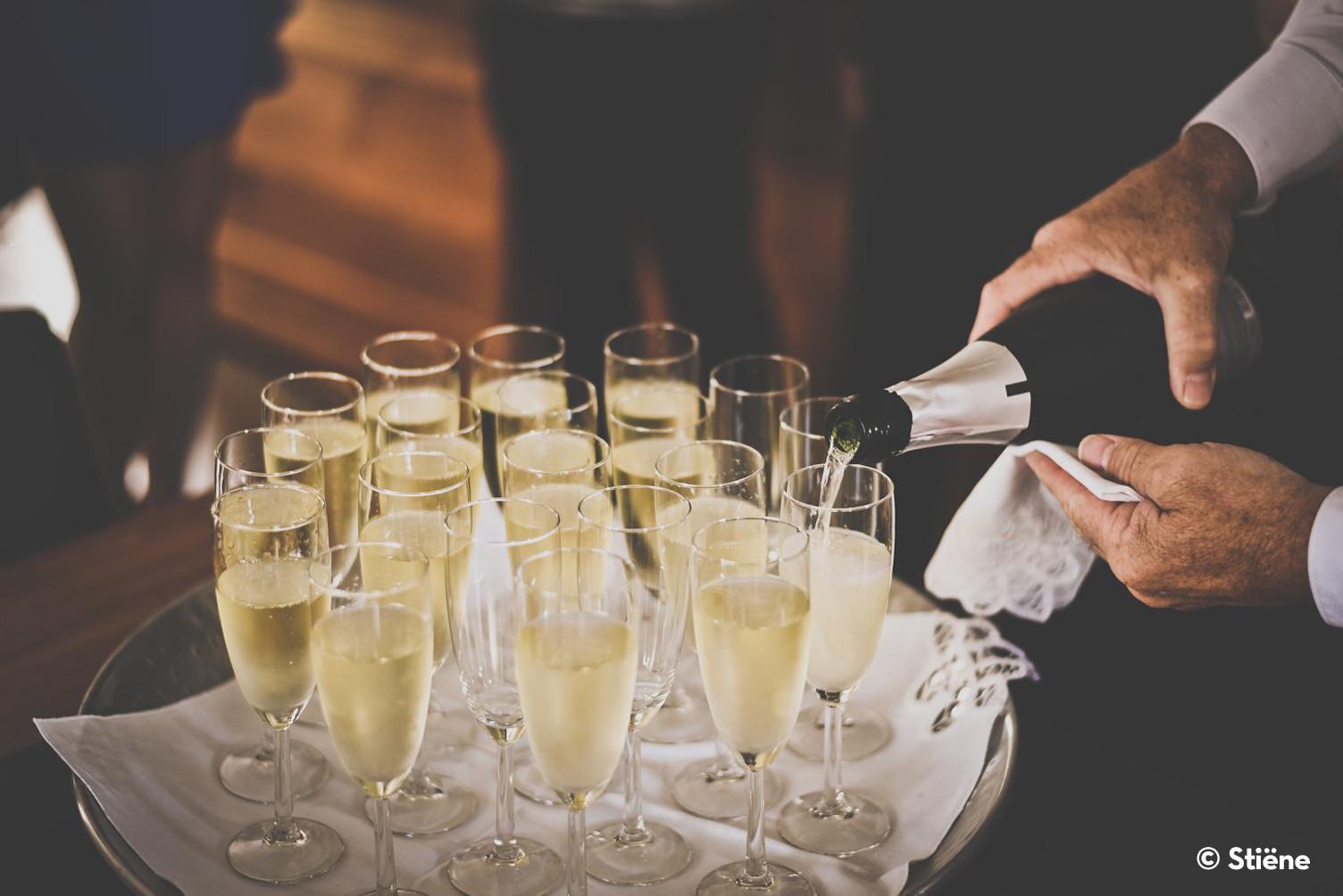Champagne copyright.jpg