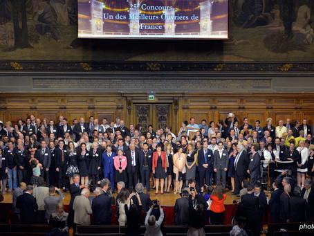 Les Meilleurs Ouvriers de France 2015 sont décorés à la Sorbonne.