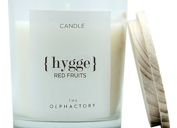 Свеча ароматическая HYGGE - Красные Фрукты, 30 ч