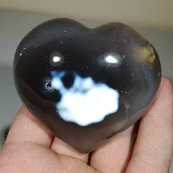 Orca Agate Heart 275g