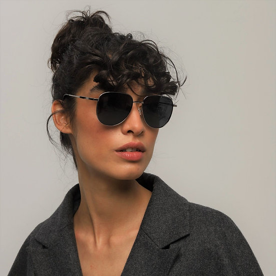 Lavunett designer sunglasses for women with polarised, anti-UVs lenses