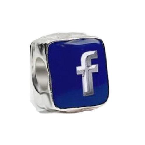 Berloque Facebook - Banhado