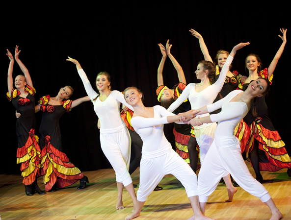 2014 Creative Dance Show 2