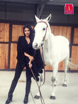 Miss India France 2016 with white horse