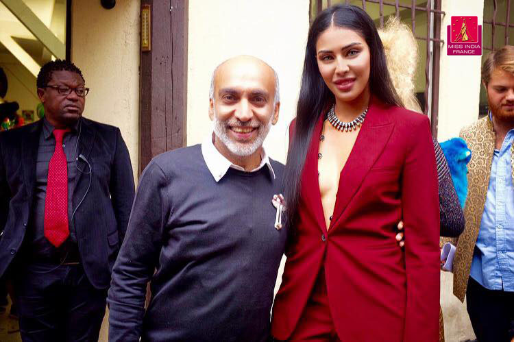 Miss India France avec Manish Arora designer