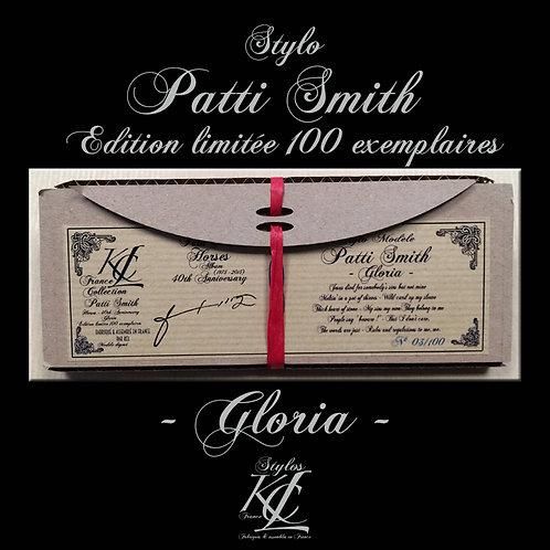 "Stylo Patti Smith - ""Gloria"""