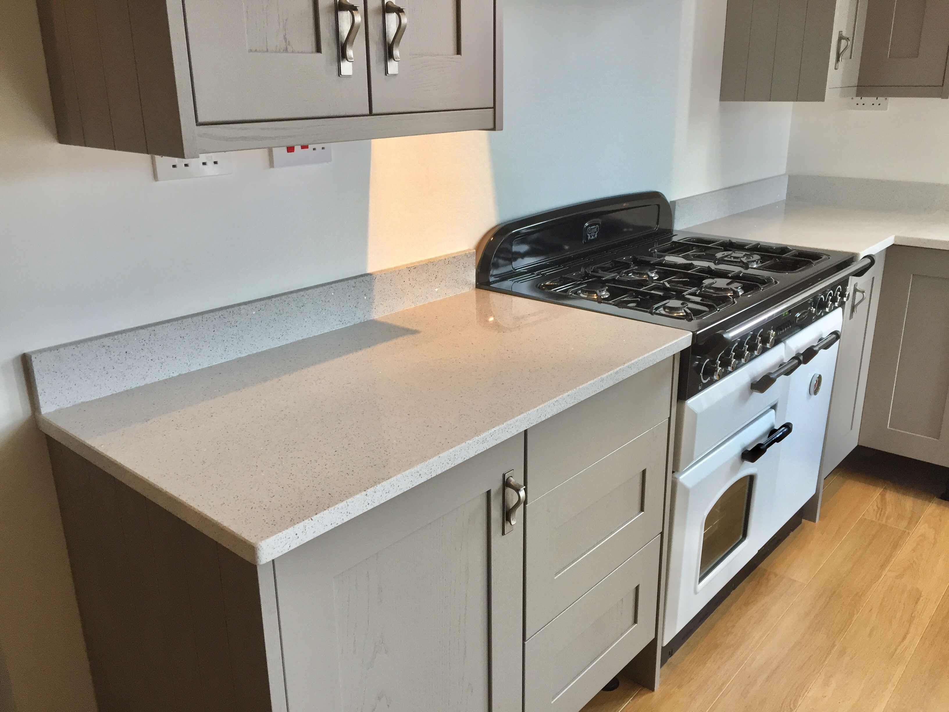 Phoenix Worktops White Starlight5