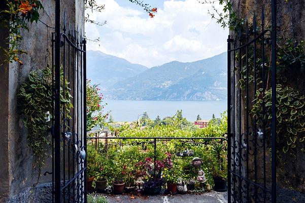 Lake Como (1) (1).jpg