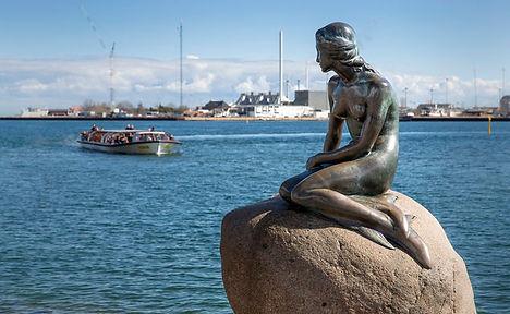 Mermaid in copenhagen.jpg