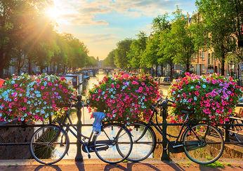 GettyImages-658123194 Amsterdam.jpg