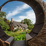 The moon seat at Anne Hathaway's Cottage