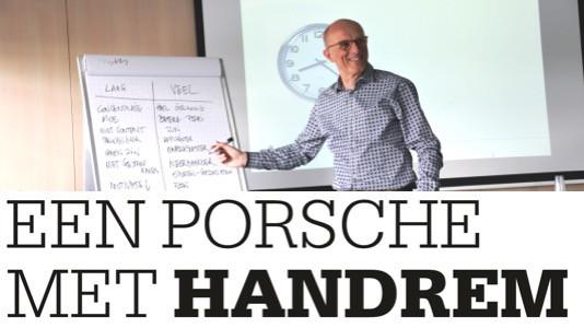 Een Porsche met handrem
