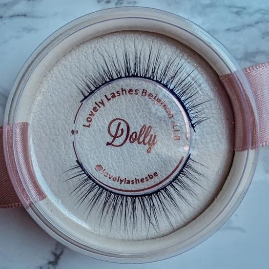 Lash kit Dolly (wimpers + eyeliner pen + applicator tweezer)
