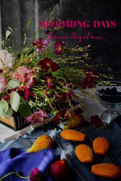 フランボワーズ色の秋桜のブーケ