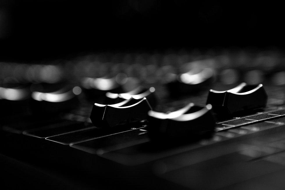 close-up-of-sound-mixer-MG8ZXKN_edited.j