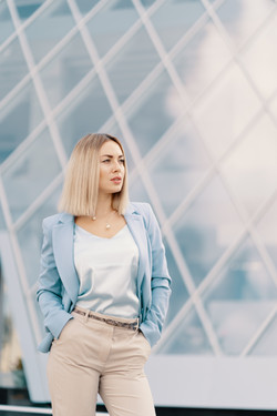successful-business-woman-in-blue-suit-N