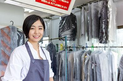 クリーニング店の女性.JPG