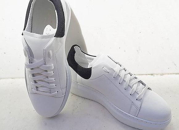 Sneakers dettaglio suede nero