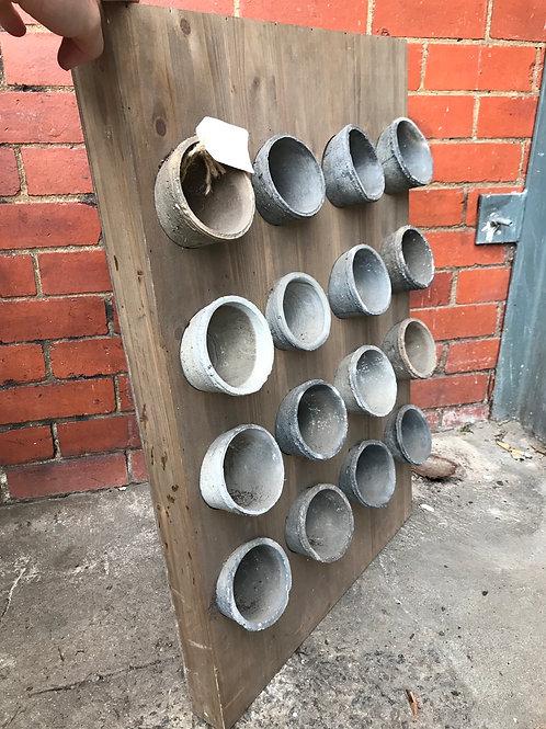 16 Pot Wooden Stand