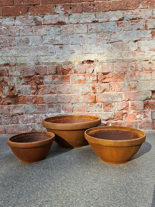 Rusty Finish Concrete Bowl