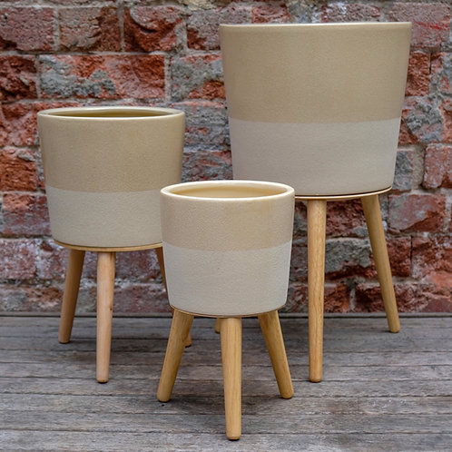 Tan Standing Pot with wooden legs