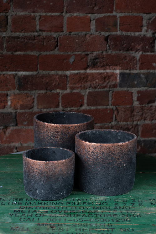 Charcoal with Copper Detail Concrete Pot.