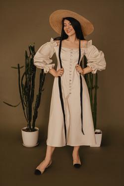 Cotton dress by www.repulostatilors.com